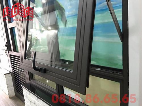 Cửa sổ mở hất nhôm Xingfa hệ 55