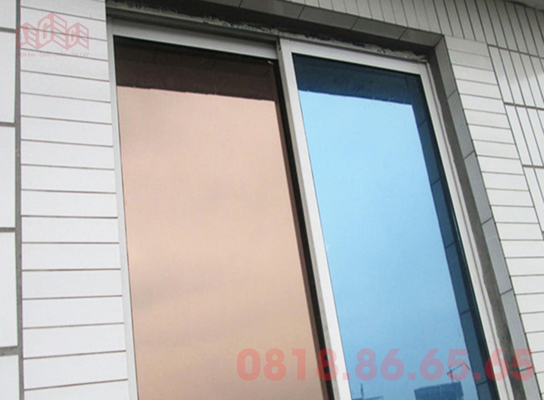 Kính dán phản quang dùng cho cửa sổ