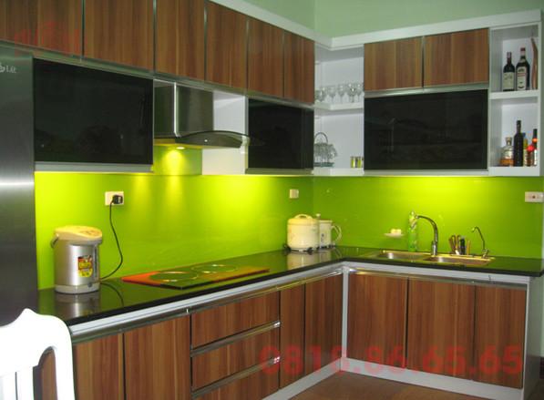 Một số hình ảnh kính ốp tường bếp